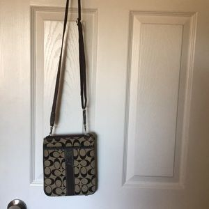 Crossbody Coach small purse
